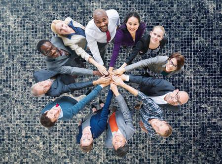 amicizia: Uomini d'affari Insieme Amicizia Corporate Concetto