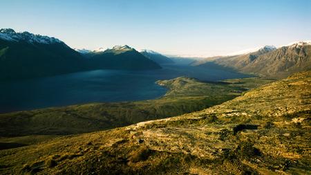wakatipu: Marvelous Lake Wakatipu Mountain Range Concept