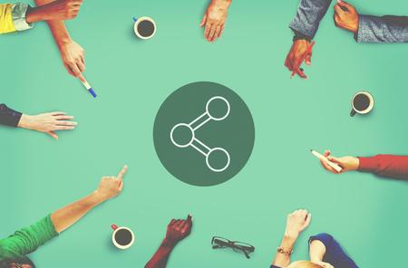 estrategia: Compartir Conexi�n Tecnolog�a Intercambio Global Concept Comunicaciones Foto de archivo