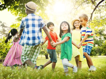 comunidad: Los niños Amistad Unión Juego Felicidad