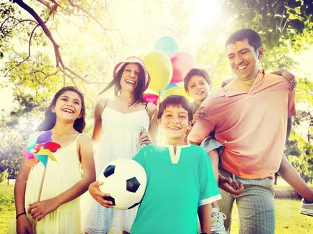 Geluk van de familie Ouders vakantie vakantie activiteit Concept