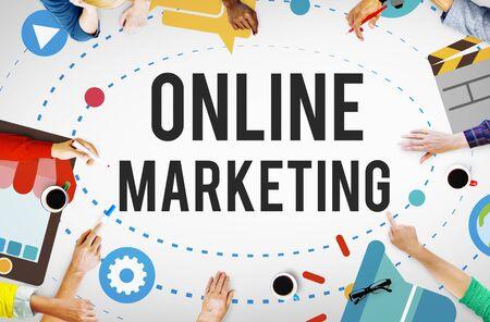 коммуникация: Интернет-маркетинг Рекламная кампания Технология Концепция Фото со стока