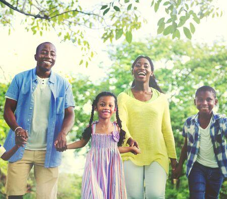actividad fisica: Vinculaci�n Familia Felicidad parque Aire libre Concepto