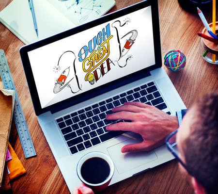 pensamiento creativo: Great Idea Launch Creative Thinking Concept