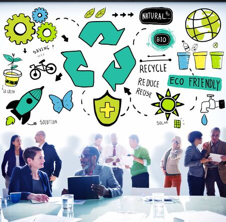 responsabilidad: Reciclar Reducir Reutilizar Eco Friendly Ahorro Natural Go Concepto Verde