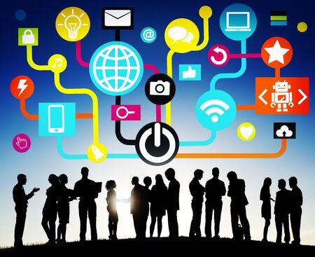 internet network: Connecting Internet Online Social Media Social Network Concept