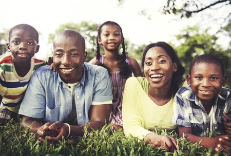 garcon africain: Famille Ensemble Unité Parents Fils Daugther Concept