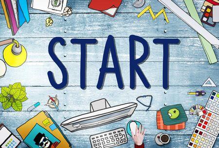 empezar: Comience el viaje Misión Logro Begin Concepto