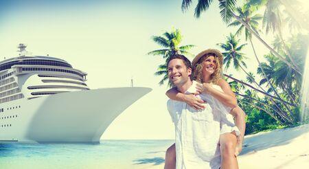 로맨스: 커플 로맨스 비치 사랑 섬 개념 스톡 콘텐츠