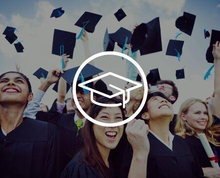 school life: Caps Graduación Logro Educación Éxito Concepto