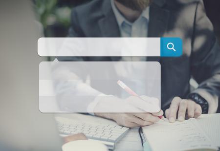 Suchfeld Technologie Internet navigieren surfen Online-Konzept Standard-Bild - 49168751