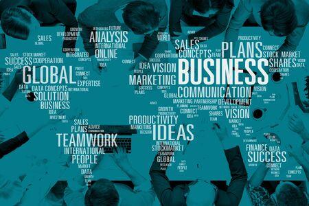 trabajo en equipo: Concepto del análisis de la comercialización del negocio global del trabajo en equipo Éxito Ideas Foto de archivo