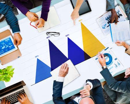 strategy: Concepto de análisis de datos de negocios Estrategia Marketing Gráfico