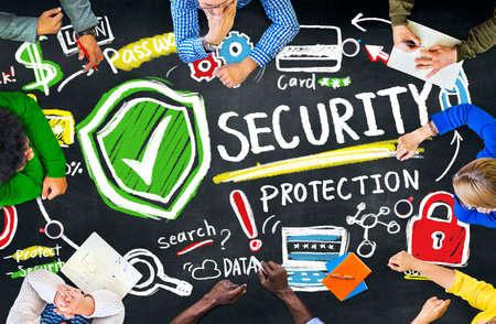 protección: Etnia Gente Conferencia Discusión Seguridad Concepto Protección Foto de archivo
