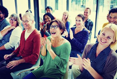 人観客セミナー楽しみコンセプトのグループ 写真素材 - 49344285