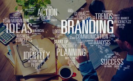 Branding Marketing Anzeigen Identität World Trademark-Konzept