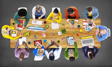 diversidad: Reunión Lluvia Discusión Colaboración Concepto