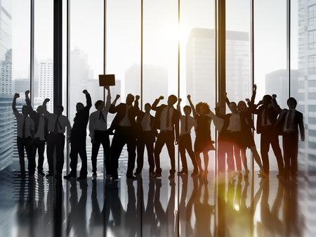 축하: 비즈니스 사람들이 축하 성공 기업의 개념