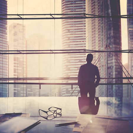 lider: Scape de la ciudad de negocios L�der Concepto Pensamiento Foto de archivo