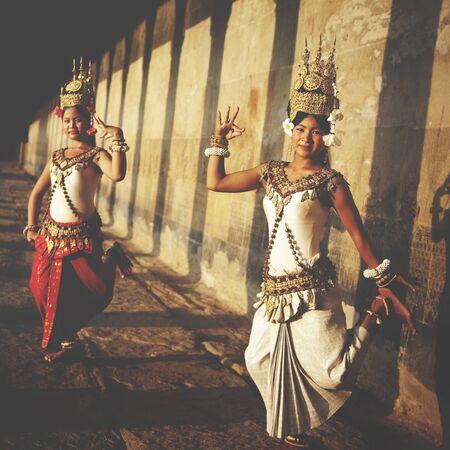vestidos de epoca: Aspara bailarín Angkor Wat Sepia concepto tradicional