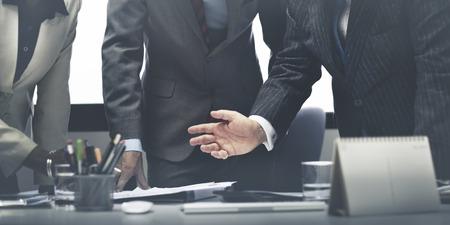 personas platicando: Equipo de negocios Reuni�n de Discusi�n Concepto Conexi�n