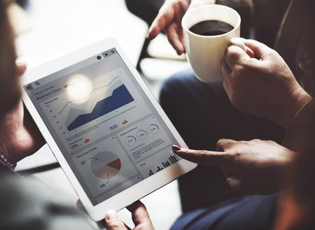 ビジネス チーム ブレーンストーミング データ ターゲット金融 Cocnept