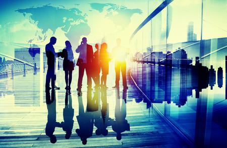 negocios internacionales: Gente de negocios Reuni�n de Discusi�n Comunicaci�n Concepto