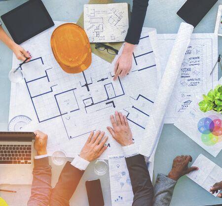 ingeniero: Grupo de Planificaci�n Ingenieros para un concepto nuevo proyecto
