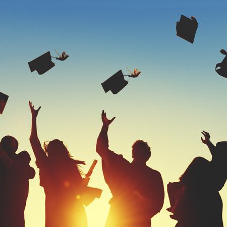 aprendizaje: Celebración Educación Graduación Éxito Estudiantil Aprendizaje Concepto Foto de archivo