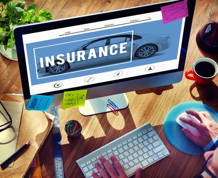 自動車保険の事故クレーム リスク防衛ドライブ概念