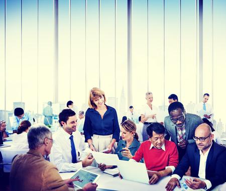 personas trabajando: Gente de negocios trabajo Conferencia Cooperación Trabajo en equipo Foto de archivo