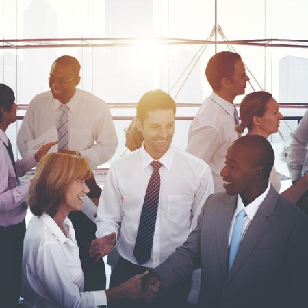 administracion de empresas: De negocios del apretón de manos Acuerdo concepto corporativo
