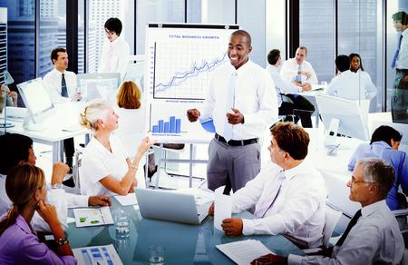 비즈니스 프레젠테이션 공동 작업자 개념