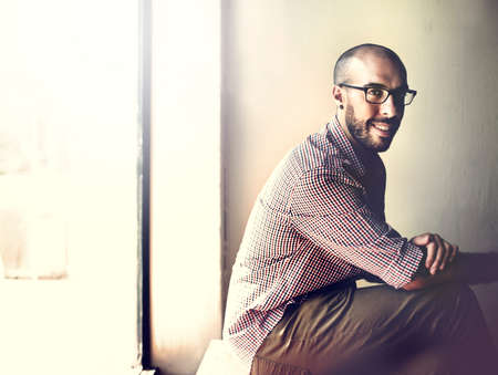 gente exitosa: Businessman Business Confident Smile Attractive Vision Concept