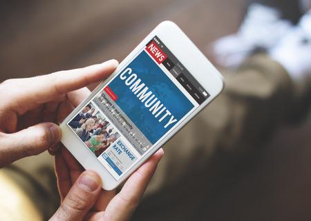 ニュースレター旅行記事ウェブサイト オンライン コンセプト