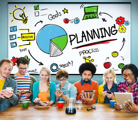 strategy: Planificación de la estrategia de búsqueda Objetivos Misión Conectar Concepto Proceso
