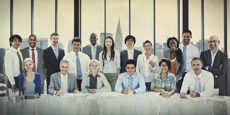 trabajando en equipo: Trabajo en equipo del concepto del asunto Personas Reunión Conexión,