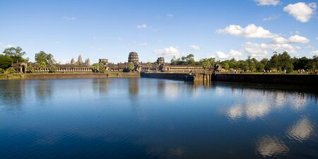 ruin: Ancient Cambodian Temple Ruin Grand Palace Concept