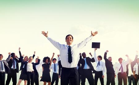 excitación: La gente de negocios concepto de éxito empresarial Foto de archivo