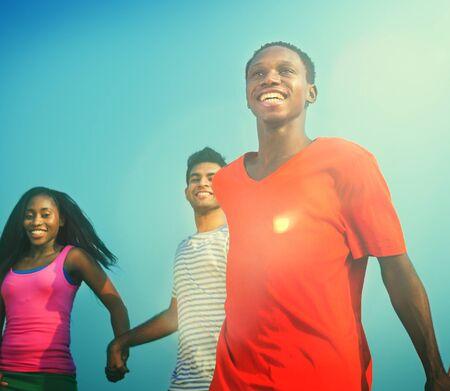 Concept Diversité Adolescents Amitié Hand Holding