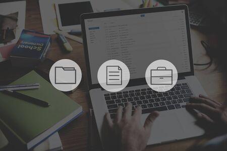 Concepto de gestión de organización de documento de archivo de información de datos