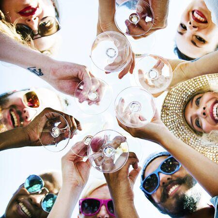 Spiaggia Amore Celebrazione Amicizia Concetto di divertimento estivo