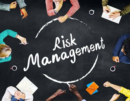 gestion empresarial: Risk Management Analysis Security Safety Concept Foto de archivo