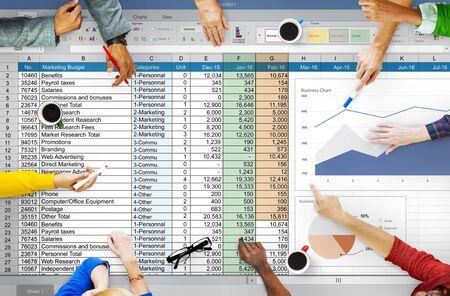 財務計画会計レポートのスプレッドシートのコンセプト