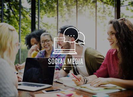 Concepto Conexión Social Media tecnología de redes sociales Foto de archivo