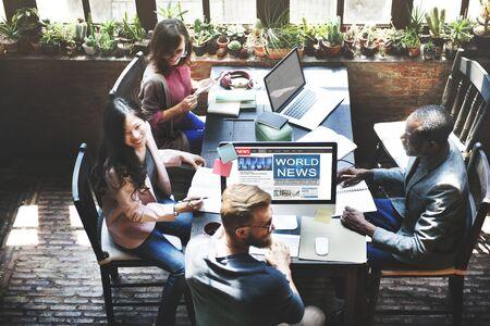 reuniones empresariales: Concepto Navegador Mundial Noticias Información y Comunicación Online