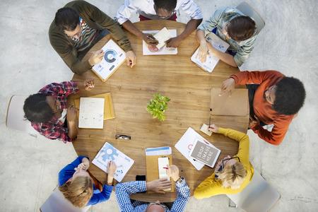 trabajo en equipo: Estrategia de planificación de negocio de equipo Concepto Trabajo en equipo Foto de archivo