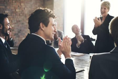 lidé: Firemní obchodní tým úspěch úspěch Concept Reklamní fotografie