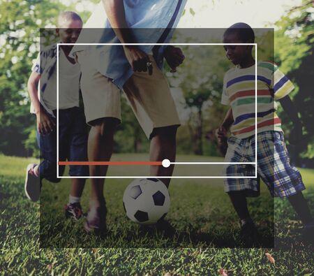 famille africaine: Streaming Internet Digital Broadcast Lancement de Concept en direct