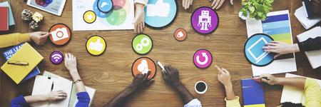 La gente de reuniones Conexión a redes sociales concepto de la comunicación Foto de archivo